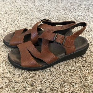 Mephisto leather buckle comfort sandals, 37